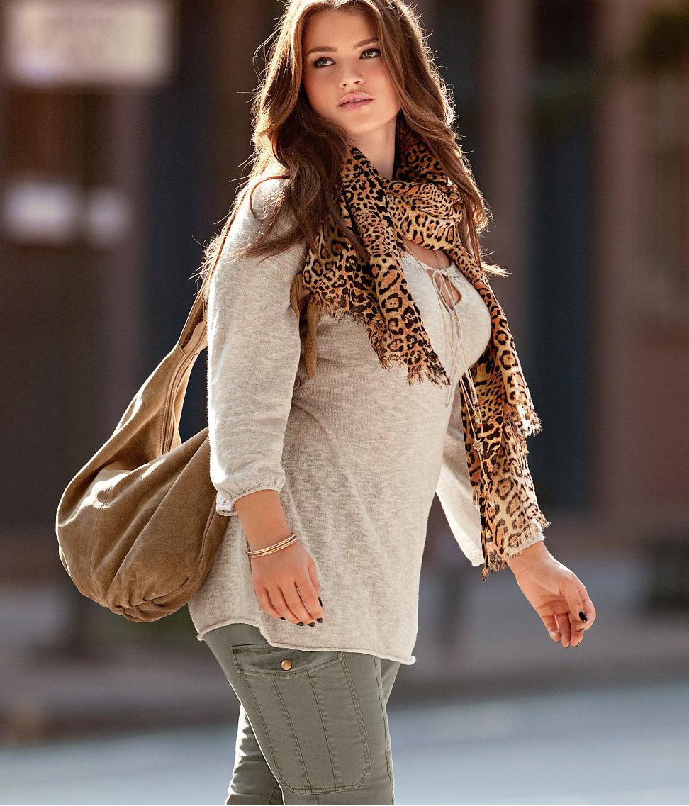Уличная мода для женщин за 30 фото